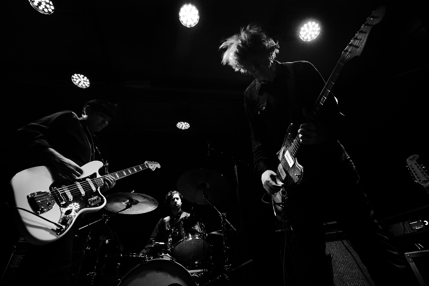Jem Doulton Performing With Thurston Moore